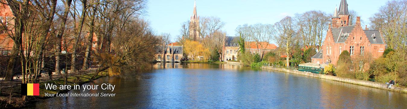 Server in Bruges